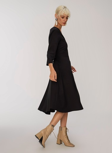 People By Fabrika Midi Elbise Siyah